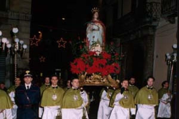 santa-lucia-05175F4ECC-6EBF-A97E-1037-C952A13E21E2.jpg